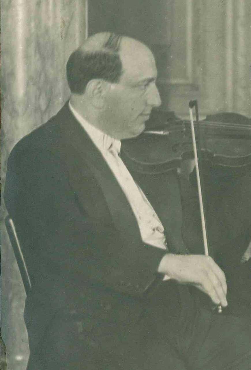 Илья Лукашевский